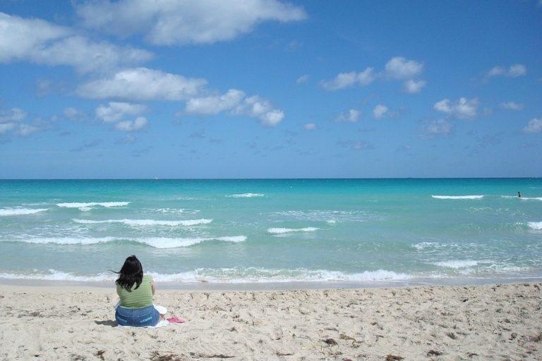 """Enfront a la mar """"oceana"""""""